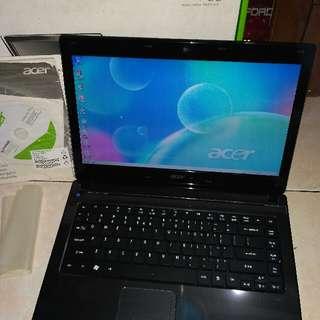 laptop acer 4752 core i3 like  new komplit