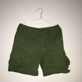 Henley's shorts
