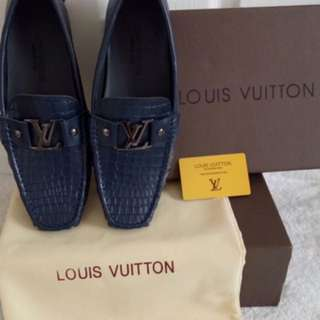 LOUIS Vuitton loafers shoes