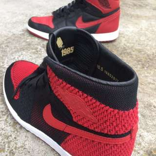 Nike Air Jordan 1 banned Bred