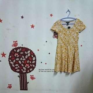 FOREVER 21 花朵短袖洋裝