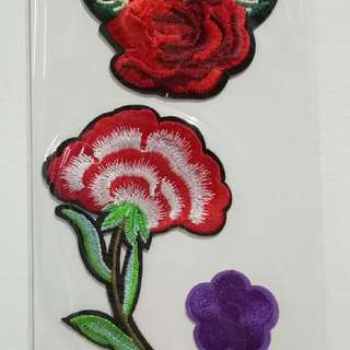 DIY EMBROIDERED FLOWER PATCHES