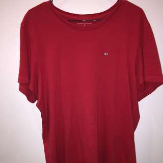 TOMMY HILFIGER red shirt