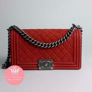 CHANEL LE BOY CAVIAR SUEDE Medium In Red