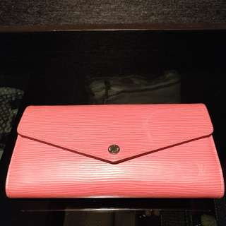 Louis Vuitton Sarah Wallet Epi leather pink.