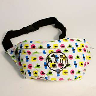 Maui and Sons Printed Twister Elements Belt Bag - White