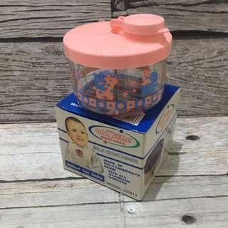 Milk container 3 dividers