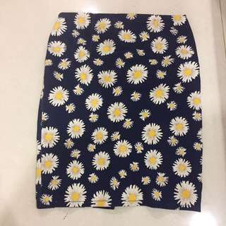 Pencil daisy skirt