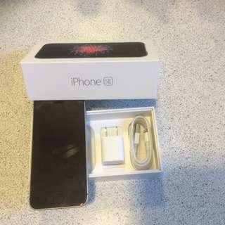 iPhone 6 SE 16gb UNLOCKED