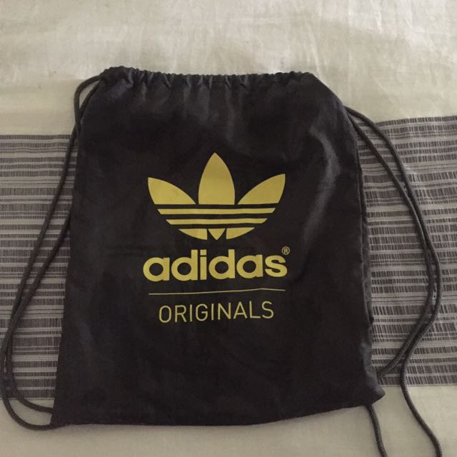 Adidas pull bag