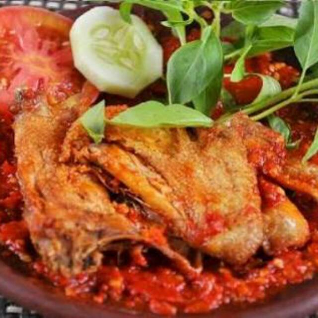 ayam penyet sambal merah