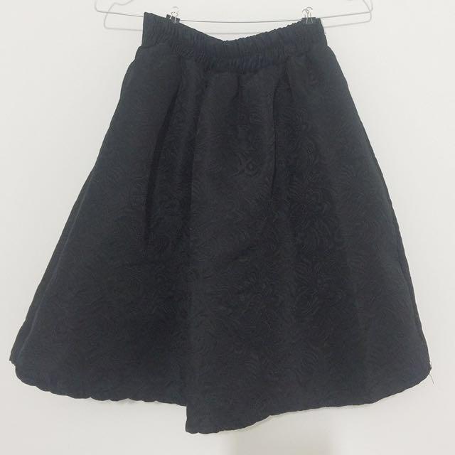 Black skirt floral