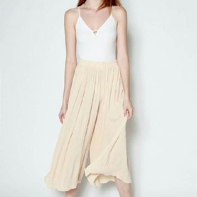 Bnew Carlise Textured Pleated Culottes (Cream,Freesize)
