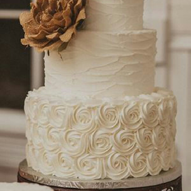 Burlap Lace Wedding Cake Food Drinks Baked Goods On Carousell