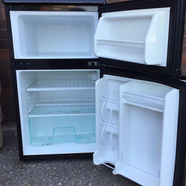 Clairtone (Danby) mini fridge bar refrigerator and freezer