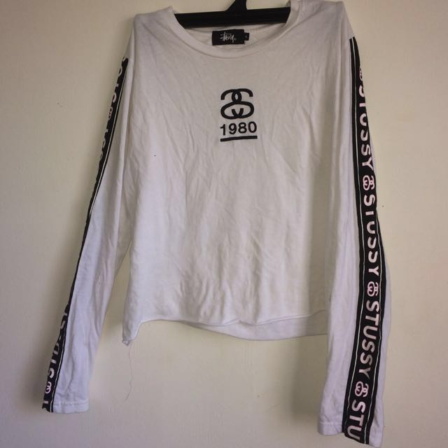 Cropped Long-sleeve Stussy Top