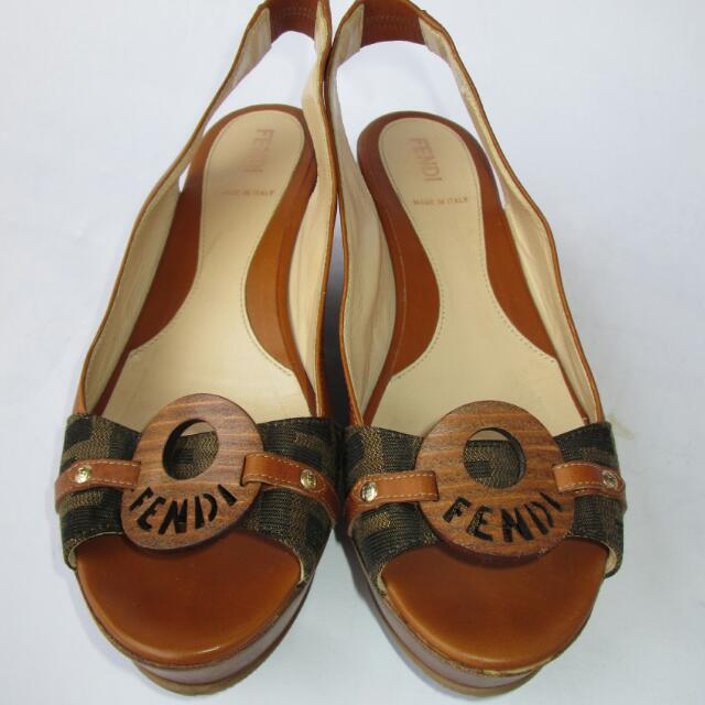 Fendi Wedges Open Toe Size 37