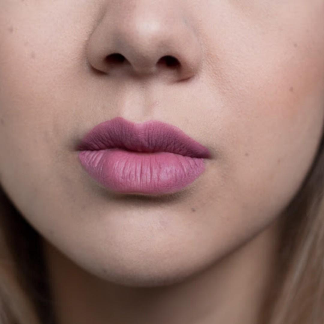 [free postage] BN KVD liquid lip LOVESICK