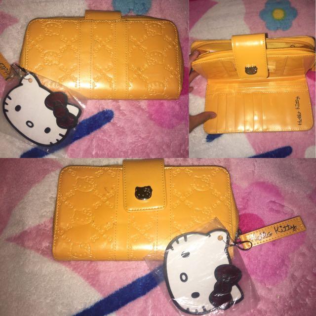 Hello Kitty medium wallet