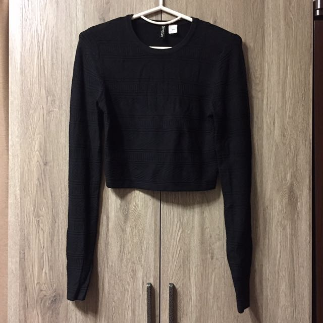 H&M副牌黑短版民族風針織毛衣