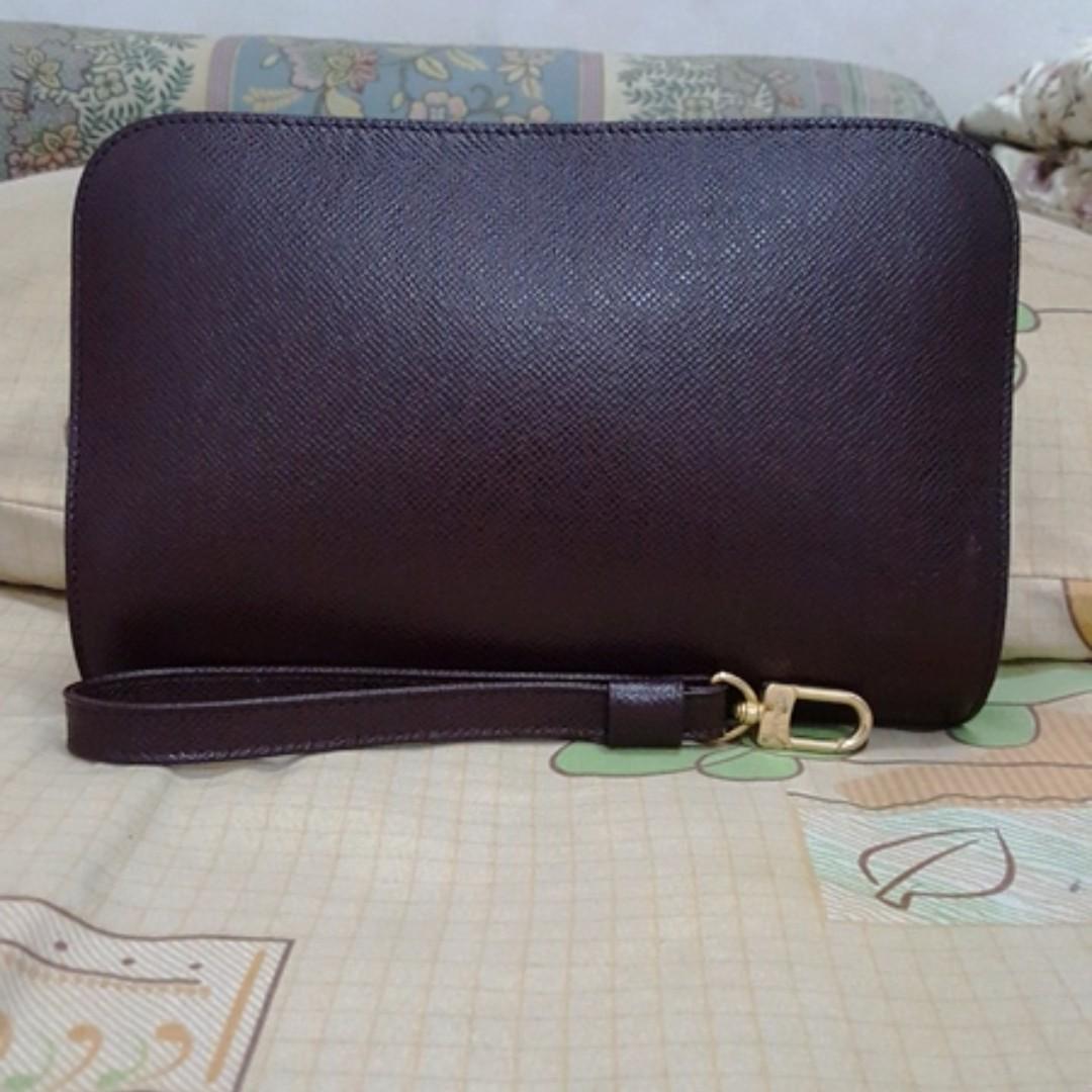 Louis Vuitton LV Pochette baikal Acajou original not hermes gucci bally  prada tods 2e5b68bea5