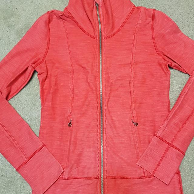 Lululemon Jacket Can 6 Aus 10