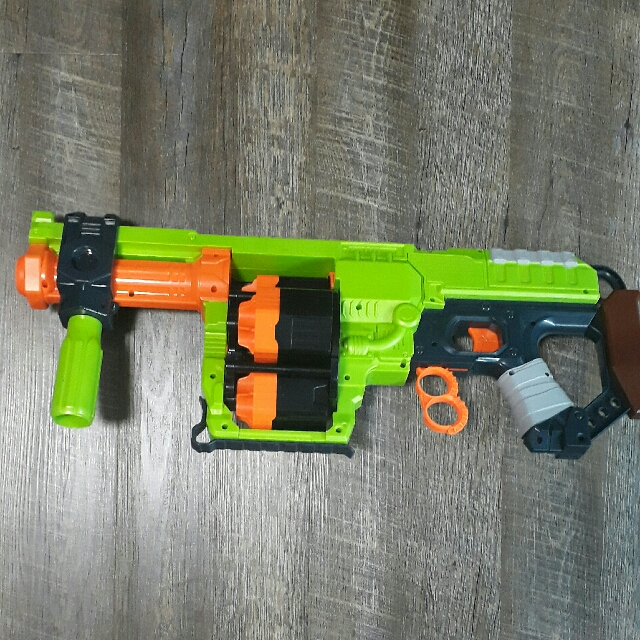 Nerf zombie strike Doominator, Toys & Games, Board Games & Cards on  Carousell