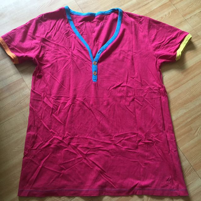 Original Folded and Hung Muscle Tee