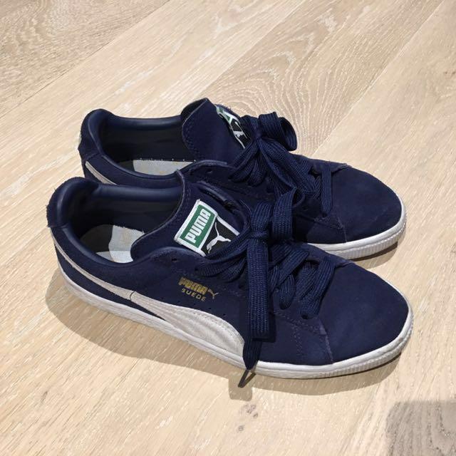Puma Suede Classic Sneaker in navy