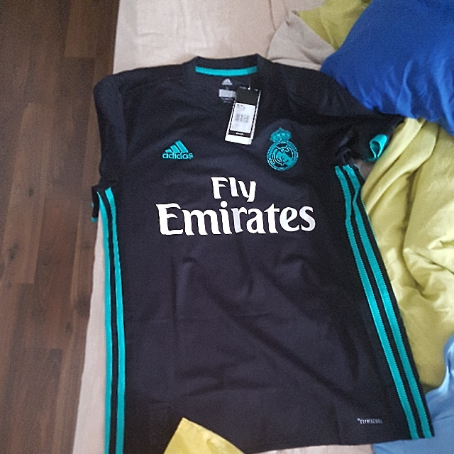 competitive price 464f4 1a612 AUTHENTIC REAL MADRID 2017/18 AWAY JERSEY Size S with SERGIO ...