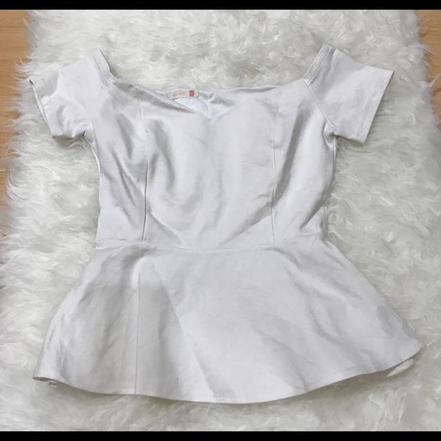 Sabrina Top In White