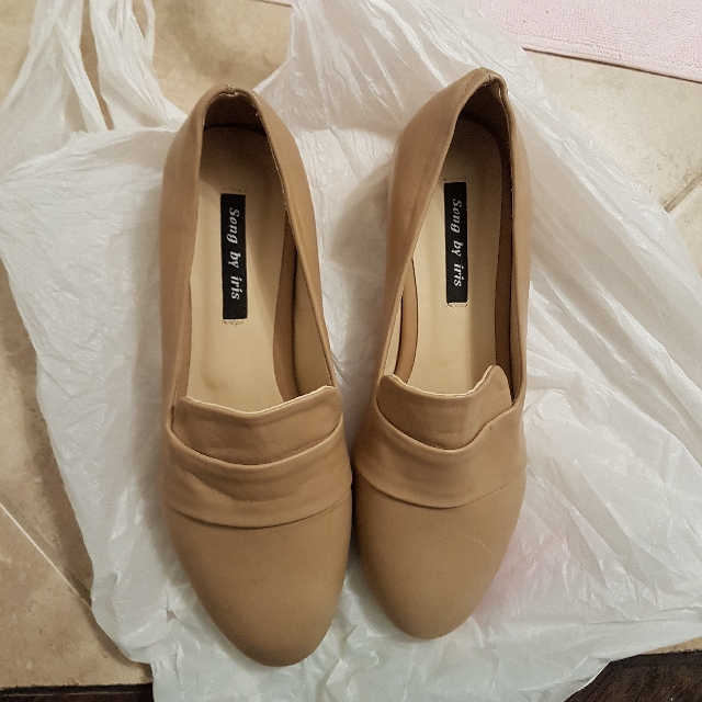 shoes (brand new) 3cm heel