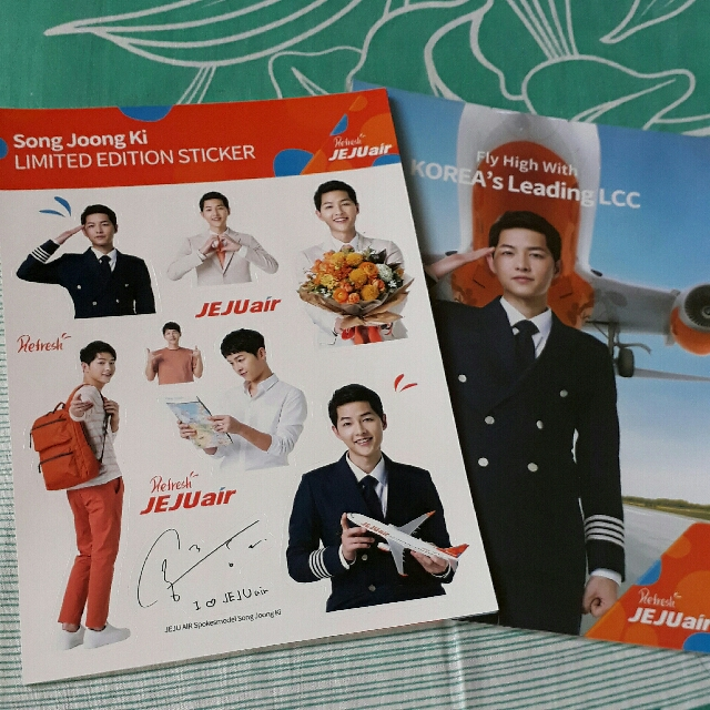 Song Joong Ki stickers and buttons