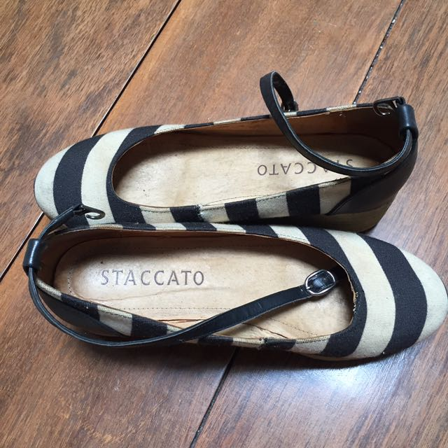 Staccato wedges sz 40