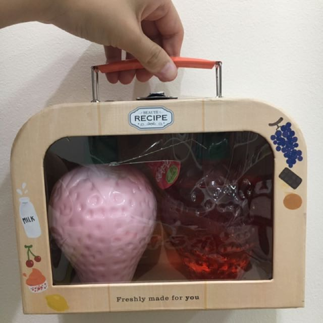 Strawberry Body Kit