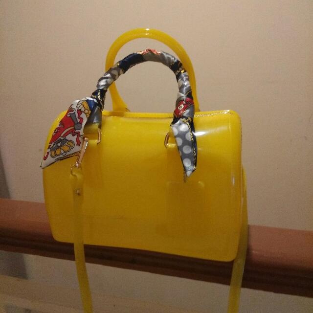 Tas FURLA yellow