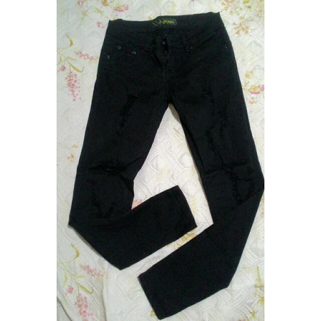 Tattered Pants (Fit)