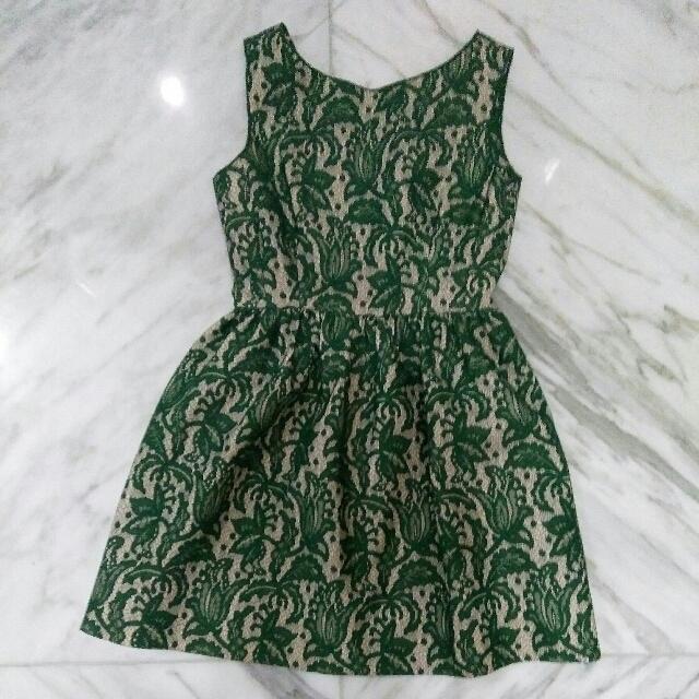 Zara Brukat Dress