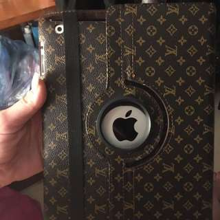 NEW Louis Vuitton IPad 2 cover!!!