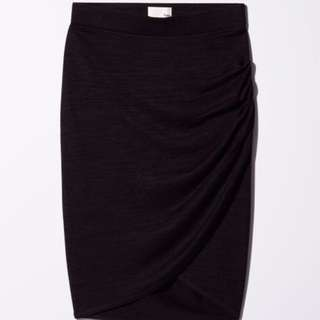 Aritzia Wilfred Free Tyra Skirt