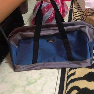 """REPRICED!! """"Voyager"""" overnight/ gym/ duffle bag"""