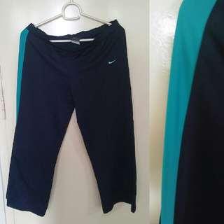 Nike Capri Gym Pants