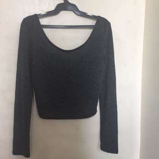 FOREIGN EXCHANGE CROPPED TOP
