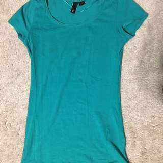 H&M divided t-shirt Size 4