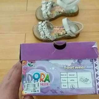 Dora the Explorer sandals