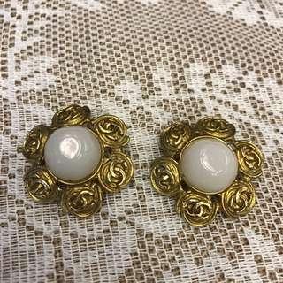 Chanel Vintage Clip Earring