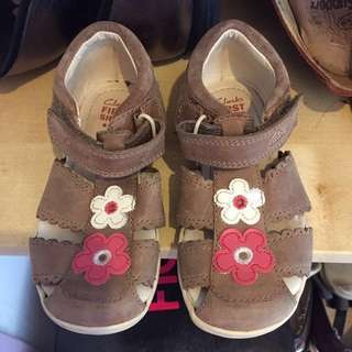 Clarks girls (kids) leather shoes