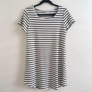 BN cute showpo striped t-shirt dress