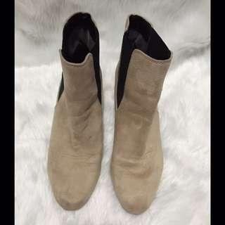Lowrys Farm Nude Ankle Boots
