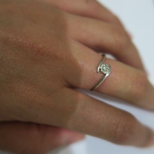 9ct White Gold Ring 0.34 Carat